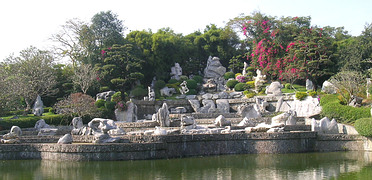 Паттайя(Pattaya): парк миллиона камней (The Million Years Stone Park and Crocodile Farm)
